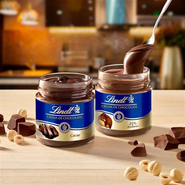 El sabor del chocolate Lindt ahora en crema de untar