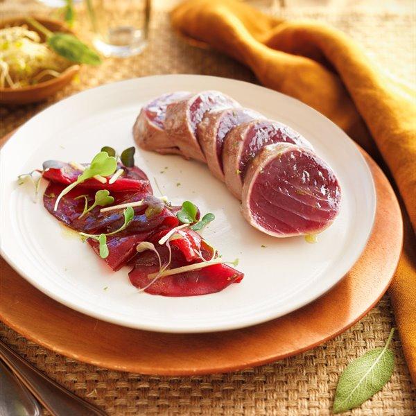 Tataki de atún marinado, de los hermanos Torres